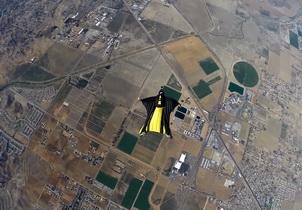 最严苛 Drop Test!7000 呎高空 iPhone 6 Plus 堕地测试