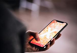 彭博社:苹果正为iPhone开发曲面屏 可手势操控
